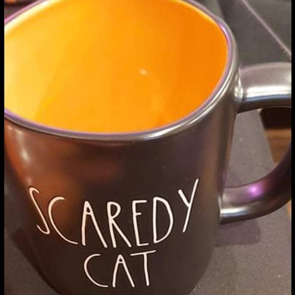 Rae Dunn scaredy cat mug🇺🇸